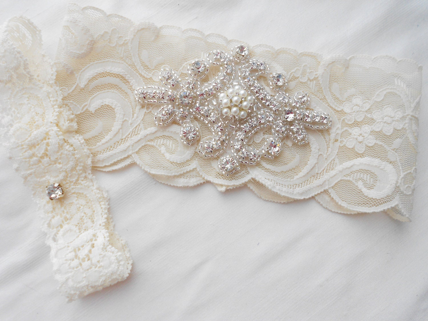 Wedding Garter Set Ivory Or Lite Ivory Stretch Lace Bridal