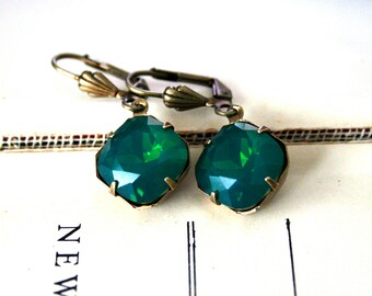 Palace Green Opal Swarovski Crystals, Cushion Cut Square, Oxidized Brass, Estate Style, Lightweight Earrings