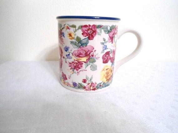Potpourri Press Tudor Garden vintage coffee cup 1988