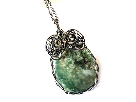 Moss Agate Necklace - Silver Wire Wrapped Pendant - Moss Forest Green - Teardrop Braided Necklace - Pagan Celtic Woodland - Natural Gemstone