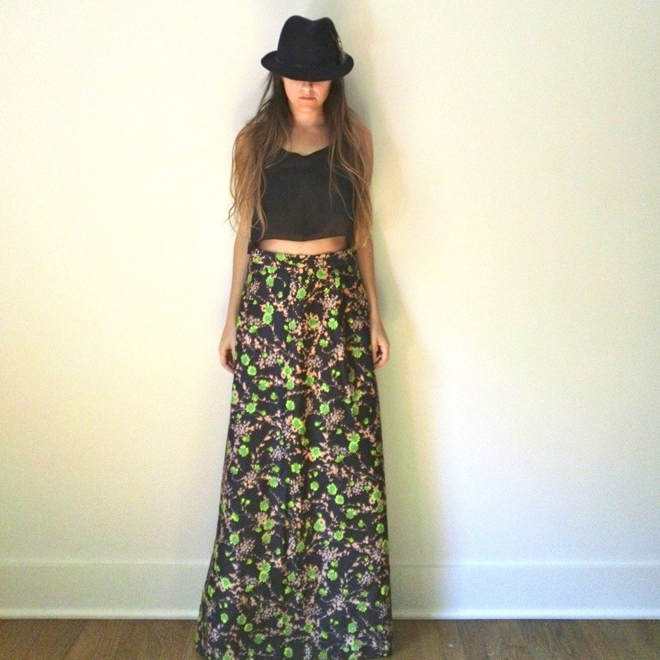 high waisted floral maxi skirt 60s 70s black by jacknboots