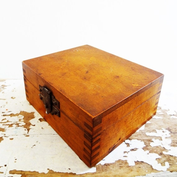 Vintage Box Dovetailed