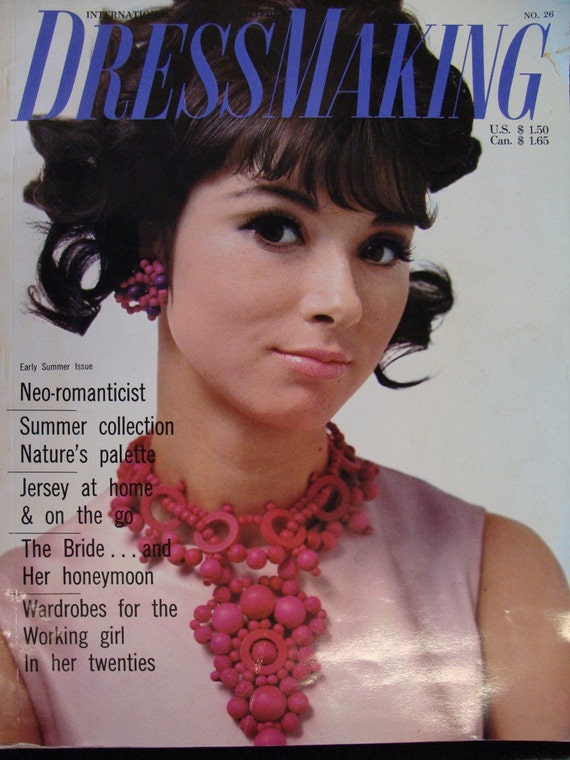 INTERNATIONAL DRESSMAKING seamstress pattern fashion magazine mod 1968 japanese spanish
