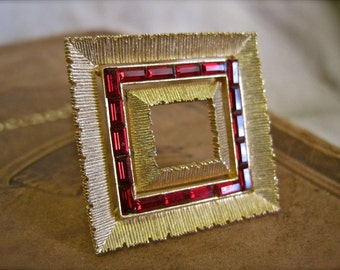 Photo Picture Frame Brooch Vintage 60s Elegant Art Deco Ruby Red Baguette Rhinestones Gold Tone Geometric Like a Circle Pin Only SQUARE