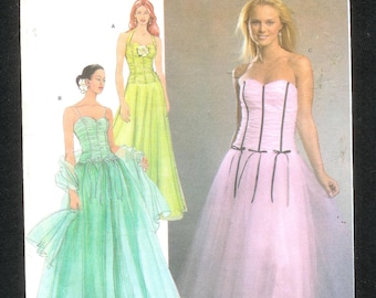 Simplicity 4686 Misses' Formal Dress & Shawl A Jessica McClintock Design With A Close Fitting Bodice, and Full Skirt, Sizes 12 - 20, UNCUT