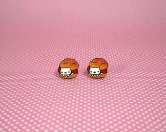 Nyan Nyan Nyanko Cream Puff Small Stud Earrings