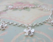 Silver Flower Charm Bracelet -  Sterling Solid Silver 925 Daisy Handmade Charm Bracelet