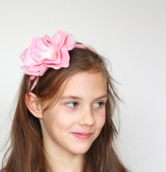 Wedding accessories - felt flower bride necklace - bridesmaide jewelry - hair accessories - felted belt - pink white - felted wool flower