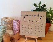 2016 Desktop Calendar with Mini Easel