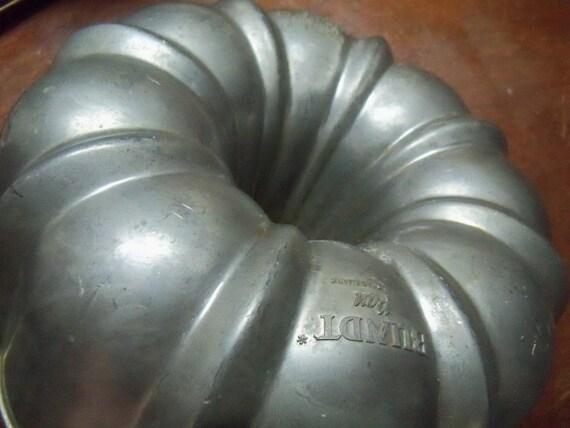 Northland Aluminum Bundt Cake Pan