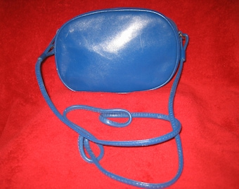 Just Reduced Vintage 80s Blue Leather Lord & Taylor Shoulder Bag