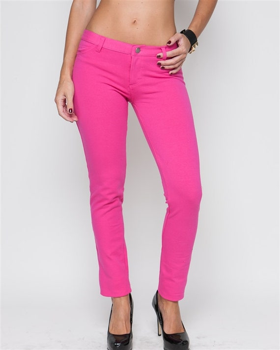 Skinny jeans for women can be high-waisted or mid-rise but are always tight through the thigh and narrowed at the ankles. The fitted style gives the wearer a sleek and flattering silhouette that works on just about every body type.