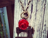 Sewing necklace SEW SWEET necklace with red rose sewing machine antique bronze chain vintage feel gift
