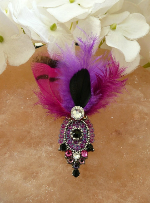 Tribal Bindi hand made with Swarovski crystals and elements (silver tone) - burlesque style bindi with feathers