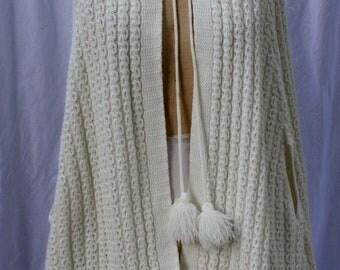 Cream Tie-Front Knit Cape, vintage 1970s, size S-M (2-12)