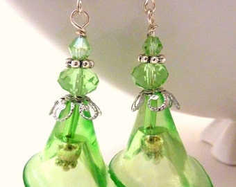 Green Flower earrings green calla lily clear flower vintage earrings