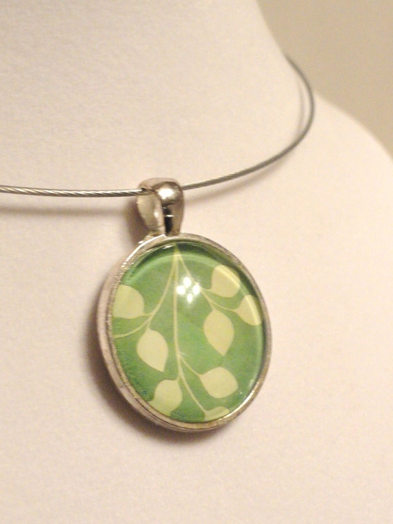 Art Glass Pendant - Leaves - Necklace Included
