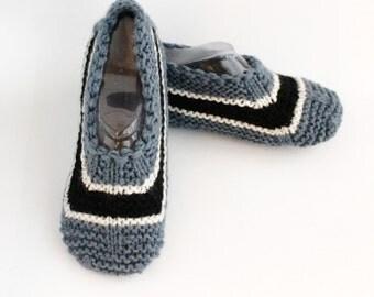 Women Wool Slippers. Monochrome Stripes Pattern.