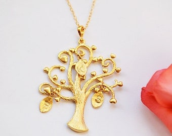 Gold Family tree Necklace - gift mom, Grandmother necklace, Personalized jewelry, Mothers Necklace - Family jewelry, tree of life, wife gift
