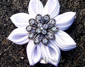 FREE SHIPPING US - White Kanzashi Flower Bridal Hairclip with Rhinestone center