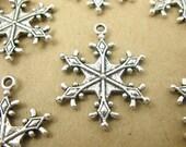 6 pcs Antiqued Silver Snowflake Charm Pendant 29x22 mm CM022-AS