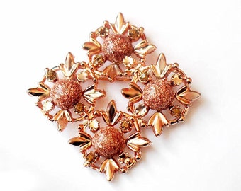 Copper Confetti Brooch Lucite Flower Pin Vintage 1950s Collectible Jewelry Unsigned Beauty