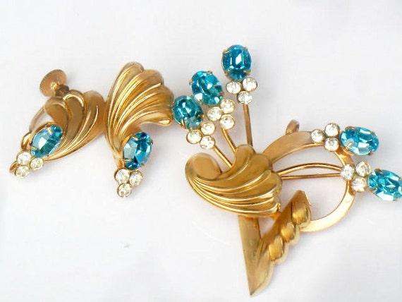 Art Deco Blue Brooch and Earrings Set Juliana Style Flower Jewelry Demi Parure Set Rhinestone Collectible For Women