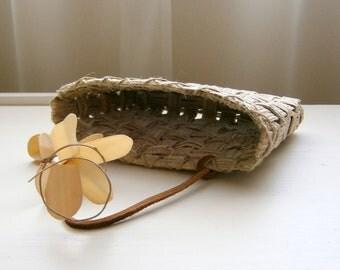 Natural Fiber Grasscloth Paper Basket, Handwoven, Neutral Shades of Beige