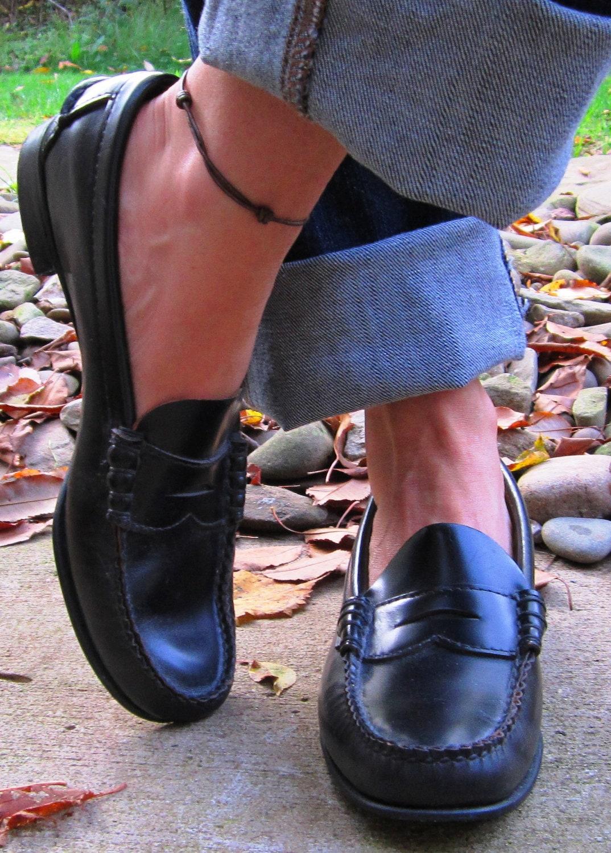 Vintage Sebago Black Cordovan Loafers Handsewn Leather Penny