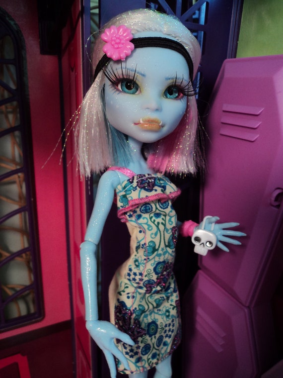 RESERVED for Amy Custom Repaint Monster High Abbey Bominable ooak (last payment)