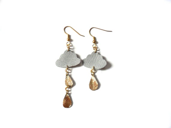 Asymetrical  gold and grey leather cloud earrings