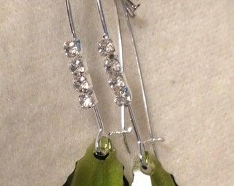 Dangle Rhinestone Earring with Green Swarovski Crystal