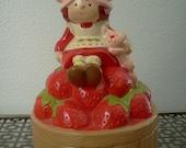 SALE: Vintage 1980s Strawberry Shortcake & Custard Musical Figurine Music Box