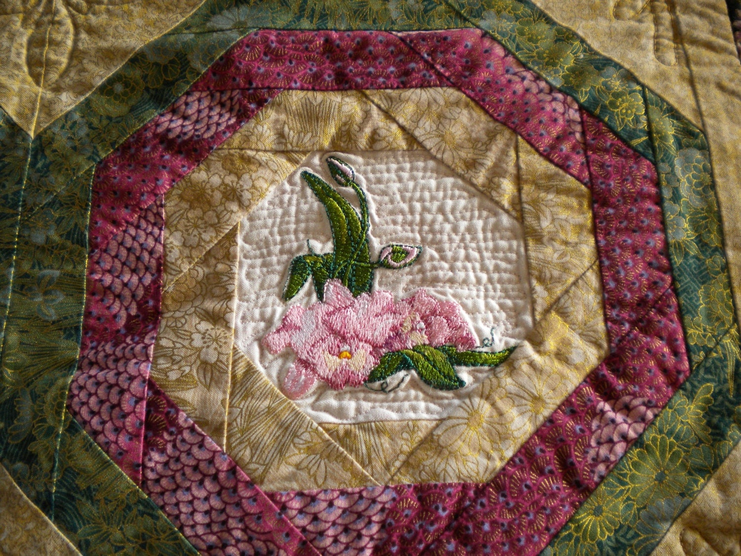 Oriental Quilt Asian Fabric Wall Hanging Embroidered