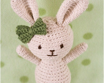 Roux the Rabbit Crochet Pattern