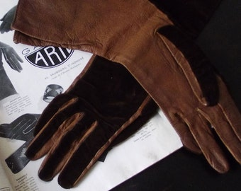 SALE Vintage 1930s Leather and Velvet Gloves with lovely flared cuffs
