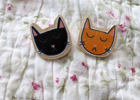 Wooden Cat Brooch (One)