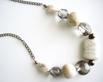 Vanilla Cream Beaded Chain Necklace