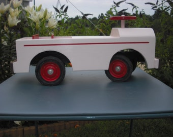Childs Riding Toy*** Moms SUV