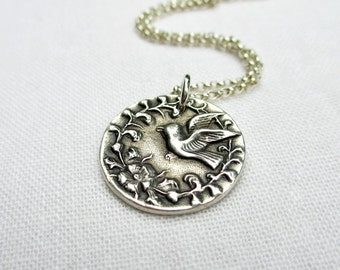 Silver bird necklace, Bird pendant necklace, Sterling silver, PMC jewelry, Gift for mom, Gift for bird lover, Victorian, Vintage