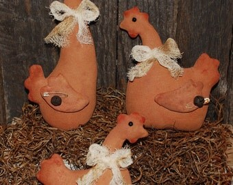 EPATTERN -- Primitive Barnyard Red Hens Tucks Ornies Bowl Fillers