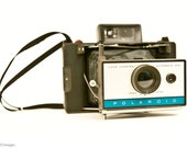 Polaroid Automatic 210 Land Camera - vintage pack film retro rangefinder decor bellows kitschy 1960s