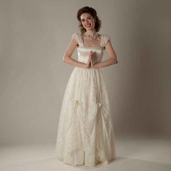 Vintage 1980s Lace Wedding Dress Cream Gunne Sax Jessica