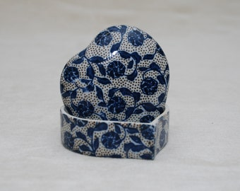 Trinket Box: Heart Shaped with Lid - Blue and White Floral, Ceramic, Gift for Her, Valentine's Gift, Jewelry Box, Made in Japan
