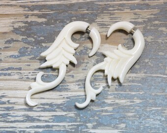 Fake Gauges White Bone Earring Feather Hooks Tribal Earrings - FG068 B G2