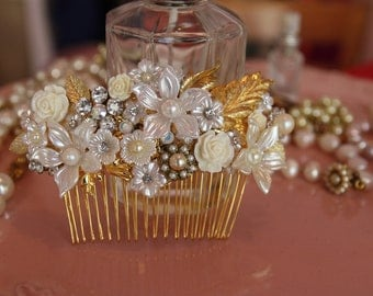 Bridal Hair Comb Vintage Victorian Wedding Hair Comb Bridal Jewelry Pearls Leafs Rhinestone Bridal Hair Accessories Art Deco  Shabby Chic