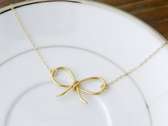 Darling Bow necklace. 14k gold filled.