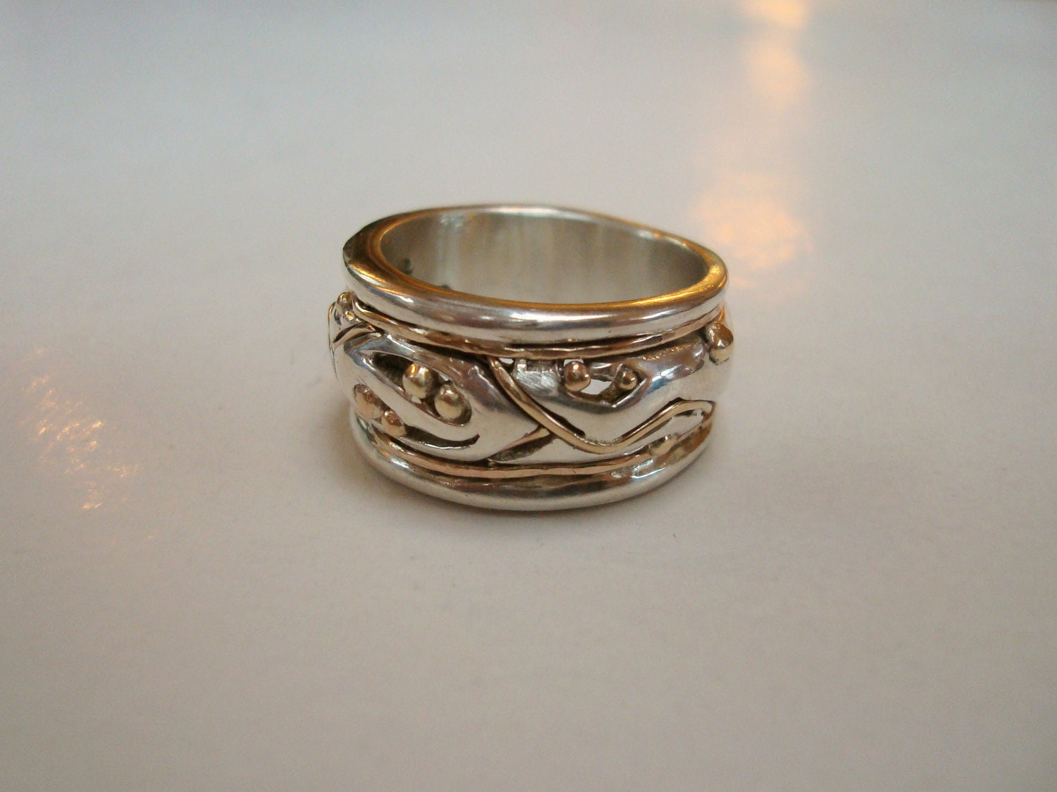 wedding ring gold silver band or right ring sz 6