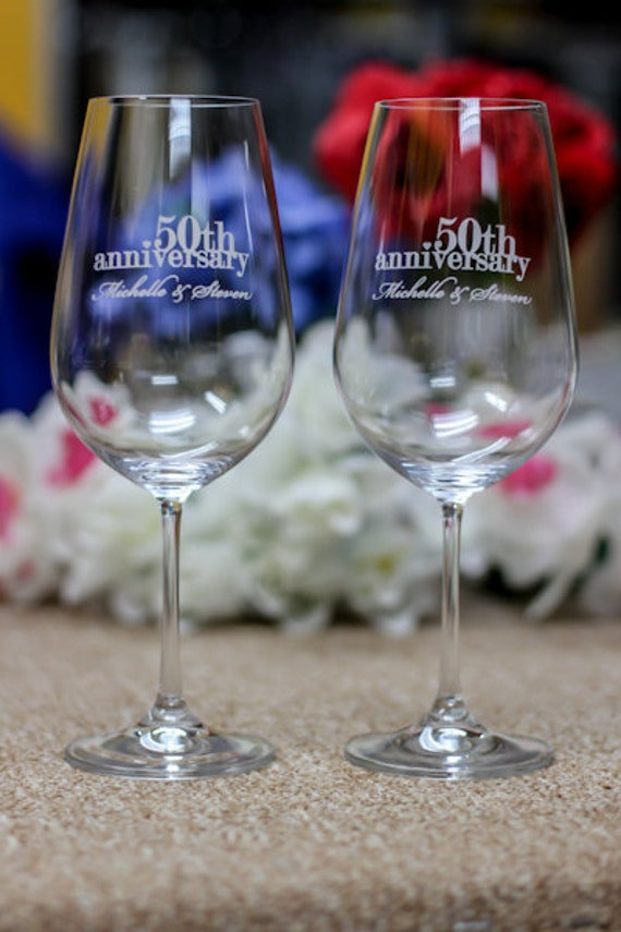 Wedding Gift Crystal Glasses : ... Glasses- Personalized Anniversary GiftCouples GiftWedding Gift