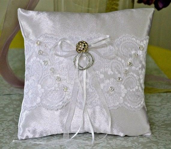 Wedding Pillow White satin Ring Bearer Pillow Bridal Ring